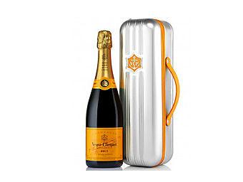 Veuve Clicquot Ponsardin brut suitcase