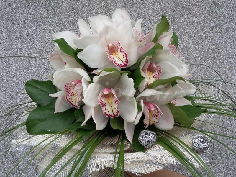 kvetinarstvi-praha-kytice-z-orchideji