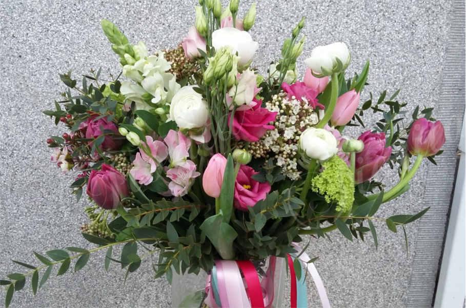 spring-bouquet-jarni-kytka-web