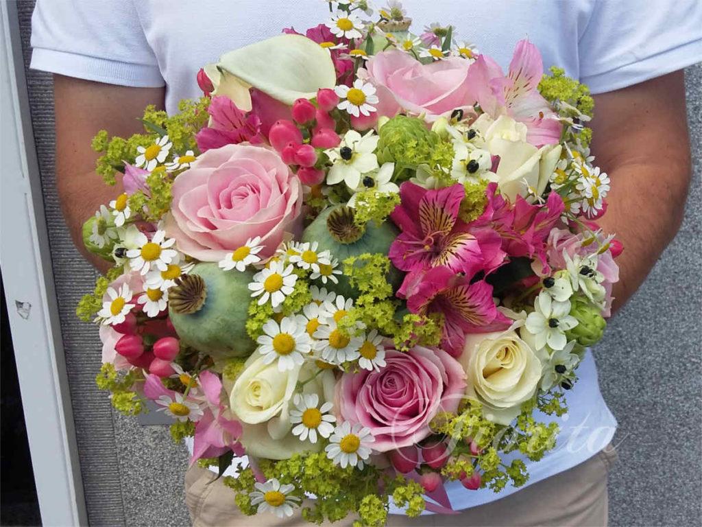 kytice-nevesty-brides-bouquet-roses-ruze-poppy-makovec-alstroemerie-1