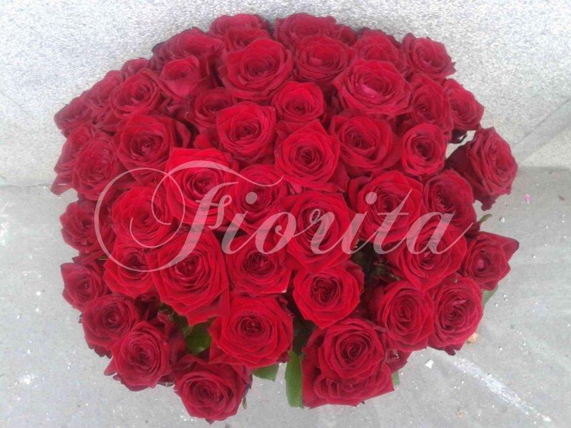 Доставка роз в Праге Roses bouquets in Prague Kytice růží v Praze