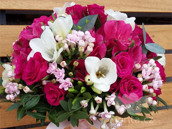 svatebni-kytice-brides-bouquet-buket-nevesty-7v