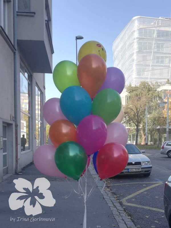 Heliové balónky