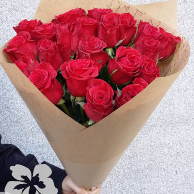 21 long red roses