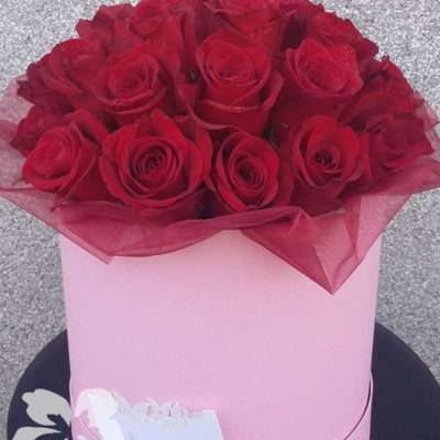 30 red roses in a box